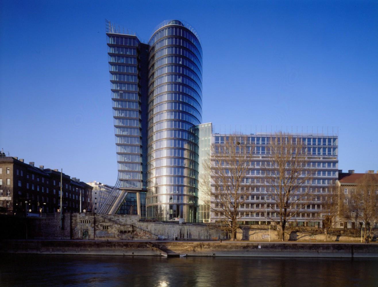Uniqa Tower - Vienna Imc