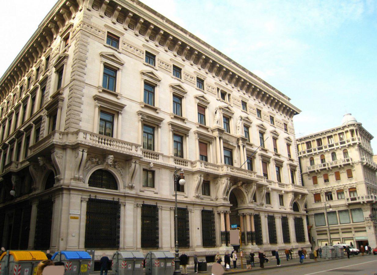 Banca Nazionale Di Lavoro Trieste : Allianz italia il palazzo storico di piazza della repubblica a