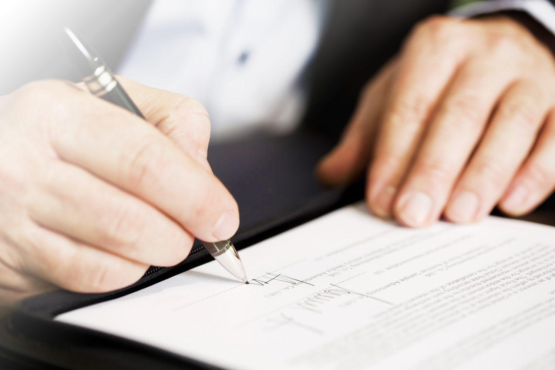 IVASS rivede le regole su distribuzione, trasparenza e sanzioni in attuazione della Direttiva IDD