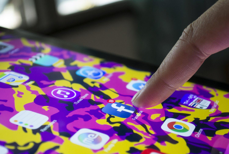 Facebook - Social network Imc