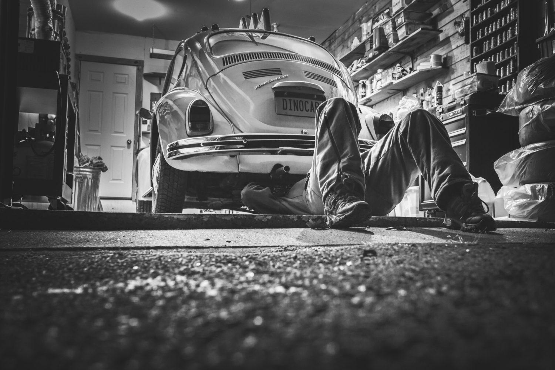 Officina auto (Foto Gratisography - Pexels) Imc