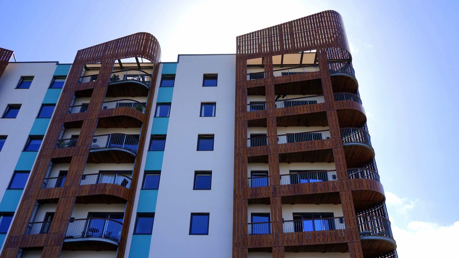 Settore immobiliare - Real Estate - Condominio (Foto Pexels - Mikes Photos) Imc