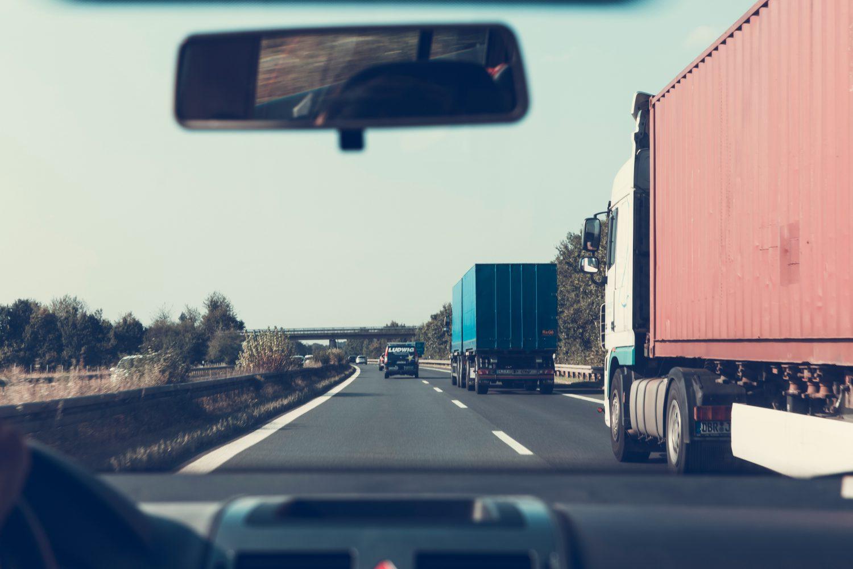 Trasporto pesante - Autotrasportatori (Foto Pexels - Markus Spiske temporausch.com) Imc