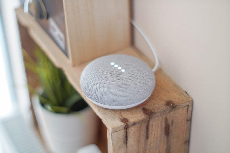 Smart Home - Casa intelligente - Google Home (Foto John Tekeridis - Pexels) Imc