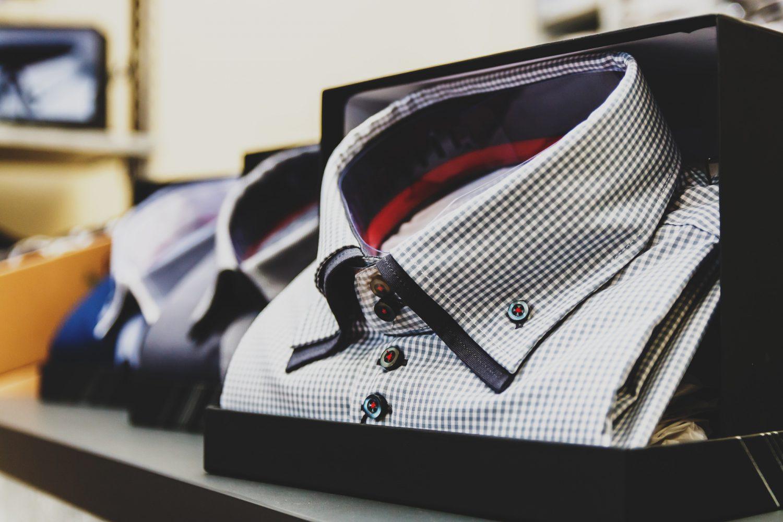 Abbigliamento - Commercio (Foto David Bartus - Pexels) Imc