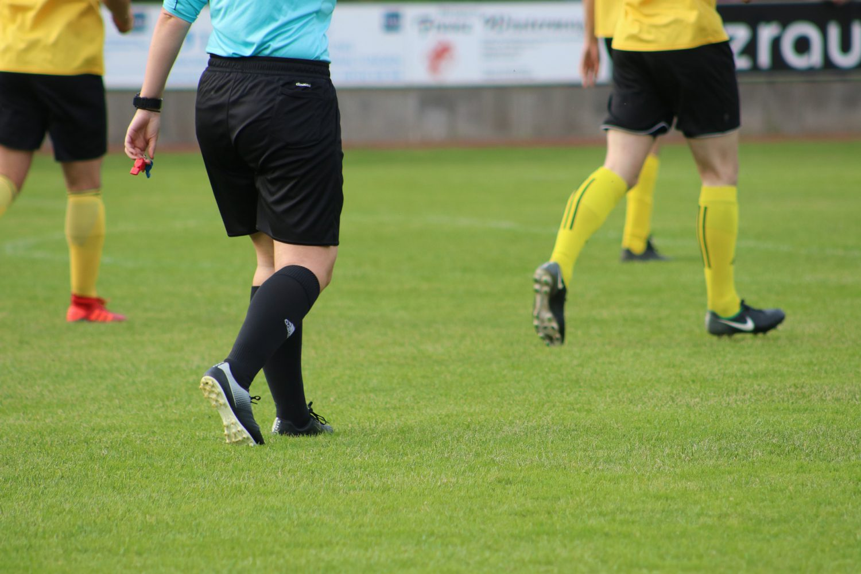 Calcio - Arbitro (Foto Pixabay) Imc